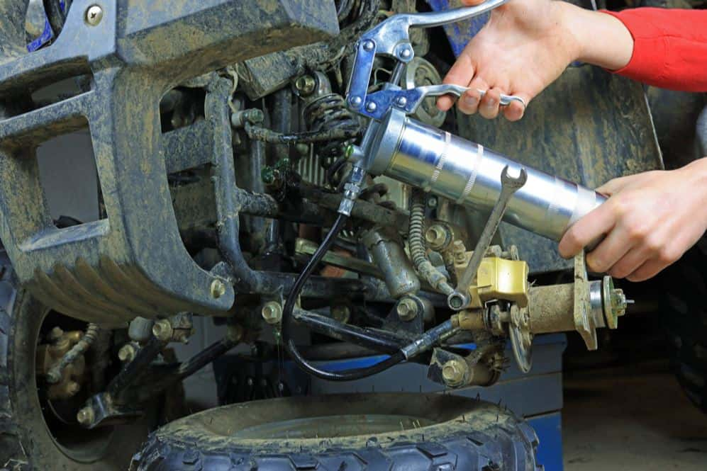 How to load and prime any grease Gun